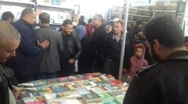 アルジェリア国際ブックフェアー展示2.jpg