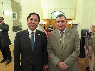 在エジプト香川前大使.png